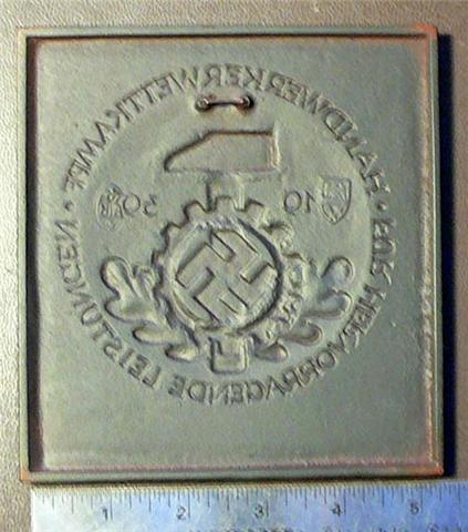 DAF Award Plaque