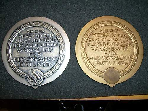 Click image for larger version.  Name:Gold & Silver breeders plaque.jpg Views:338 Size:172.9 KB ID:360879