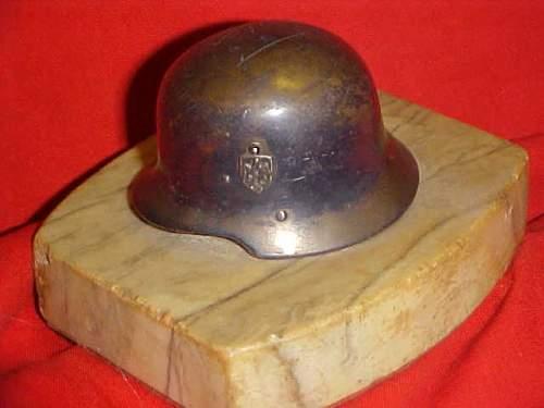 Unknown Helmet (Souvenir) Can anyone help, please?