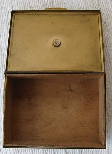 DAK Cigarette Box and owner's name ??