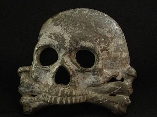 Large skull. Condor Legion emblem? Condor Legion campaign 1936 skull? Any ideas?