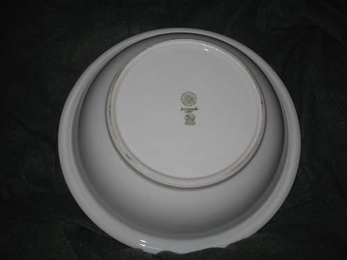 Some HUGE III-Reich bowls marked Bresco