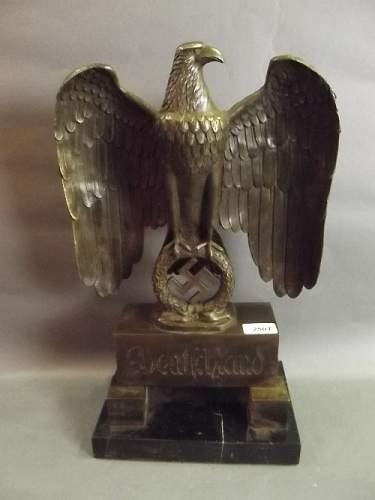 nice eagle desk statue