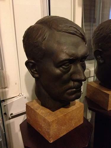 Click image for larger version.  Name:Adolf Hitler Bust.JPG Views:2112 Size:195.4 KB ID:472710