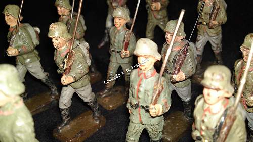 Lineol soldier toys