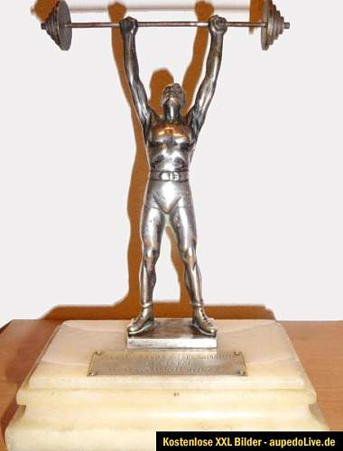 Fake Arno Breker Sculpture on Ebay Germany