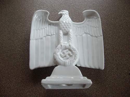 Porcelain desk eagle for consideration