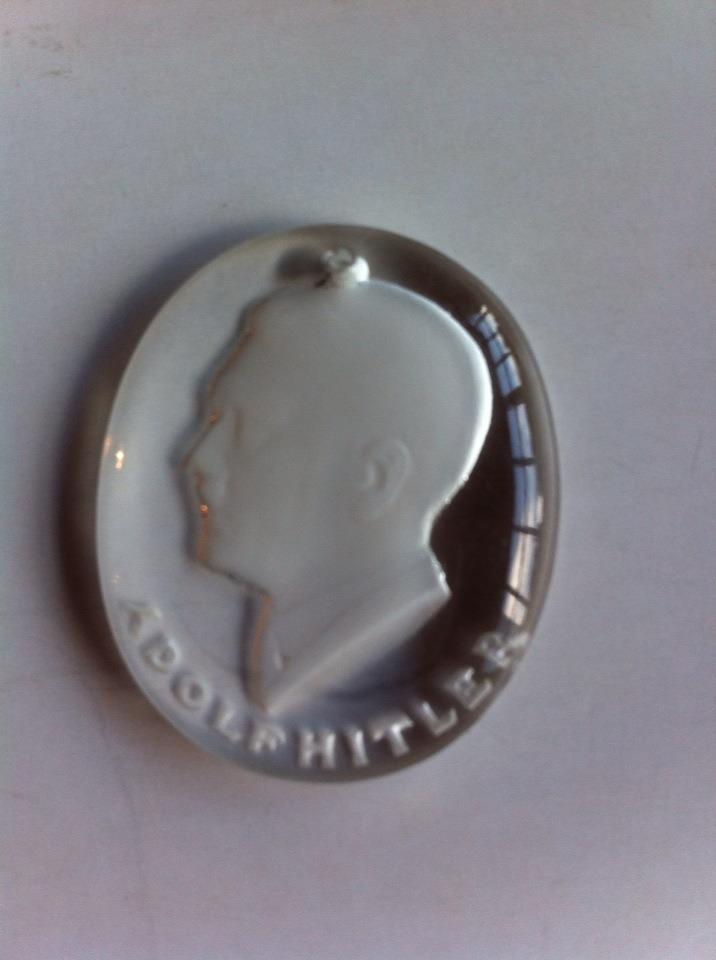 adolf hitler crystal pendant real or fake