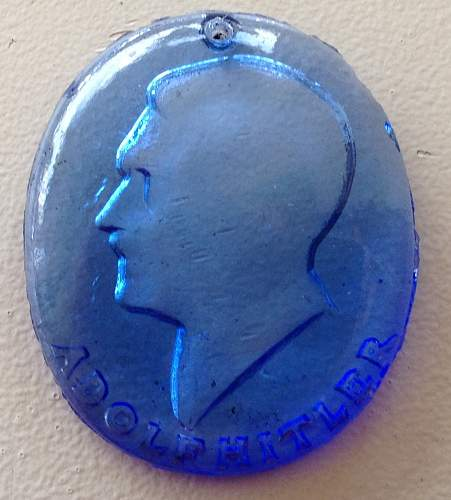 Adolf Hitler Crystal pendant, real or fake?