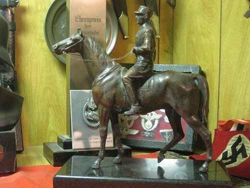 SA/SS Rider Statue