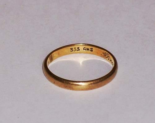 Click image for larger version.  Name:GERMAN WEDDING RING 010Z.jpg Views:373 Size:63.7 KB ID:648141