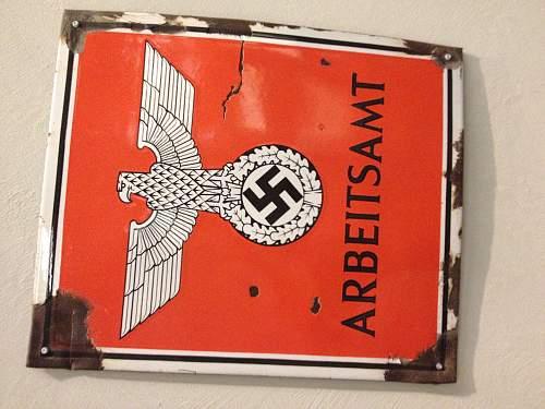 Nazi Plaques/ signs/Statue