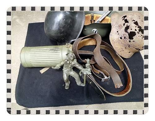 Click image for larger version.  Name:Uniform-Helmets-M1-4-29-14 054.jpg Views:32 Size:216.0 KB ID:697970
