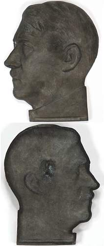 Hitler bust plaques