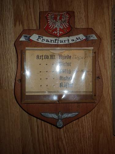 Has anyone ever seen a plaque like this before?