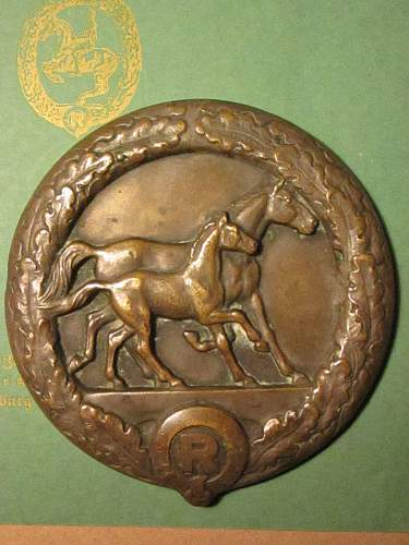 Honor plaques for horse breeding
