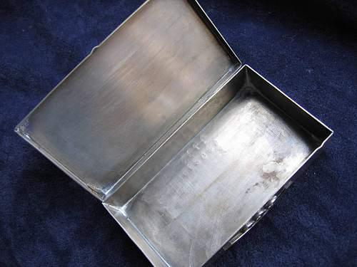 Good or bad little tin box