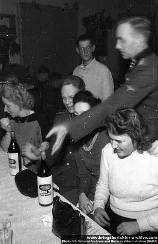 SS Standarte Kurt Eggers wine (?) bottle - a christmas present