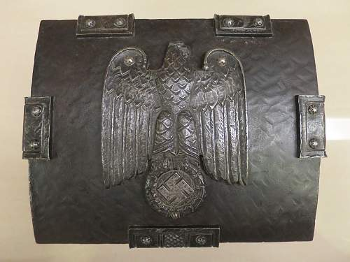 What type of Eagle is on this Iron Chest?