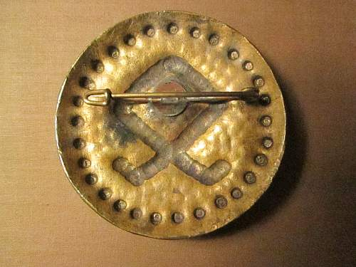 Click image for larger version.  Name:Odal brooch Rev.jpg Views:56 Size:332.2 KB ID:903754