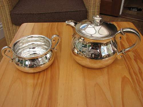 Click image for larger version.  Name:hitlers-teapot-sugarbowl.jpg Views:35 Size:151.2 KB ID:917910