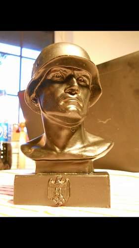 German soldier statue 2ww