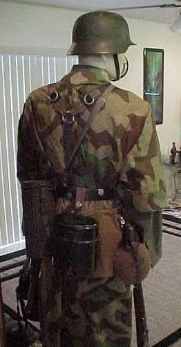 German soldier-back_2.jpg