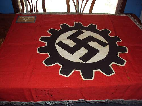 Estate sale!  Daf flag!!!!