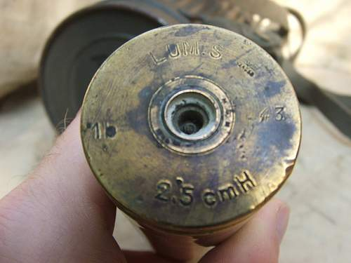 German shell case 2.5cm. What nationality was the weapon.