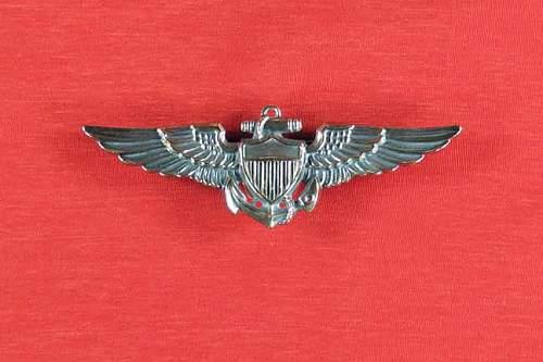 Navy-WingsFrnt.jpg