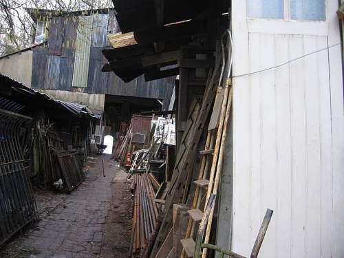 front of garage_1.jpg