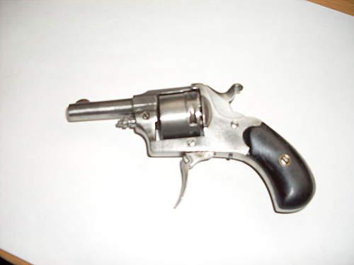 FS and pistol 007.jpg