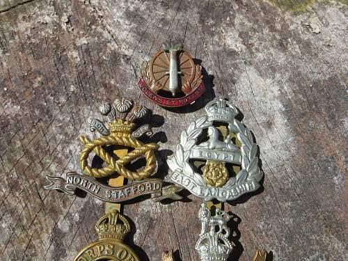 Some British cap badges