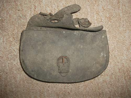 Old Leather Pouch. Possibly for Pistol Ammo