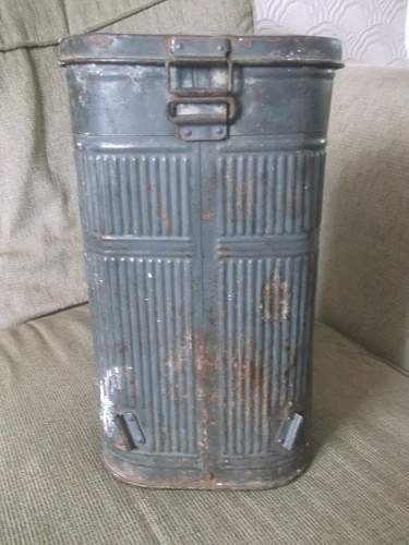 French or German container