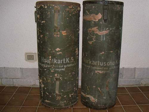 Hauptkartusche and Vorkartusche K.5 containers found in old house