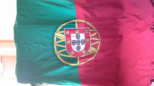 ww2 period Portuguese flag
