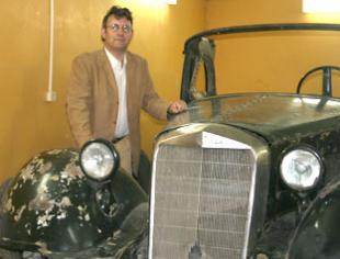 Rare armoured Mercedes car found in Russia