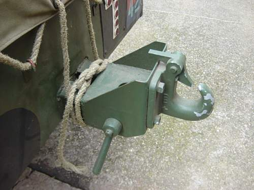 Airborne trailer rear tow hitch..jpg