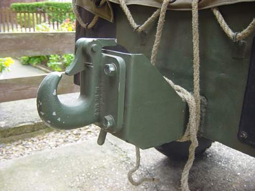 Airborne trailer tow hitch rear 2..jpg