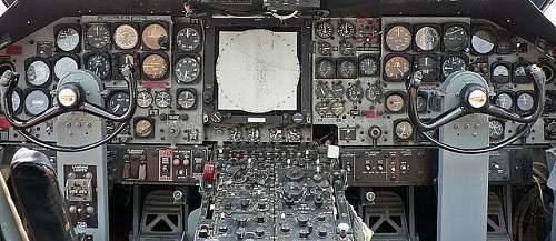Click image for larger version.  Name:p2v cockpit cosford. (2).jpg Views:4 Size:117.3 KB ID:966375