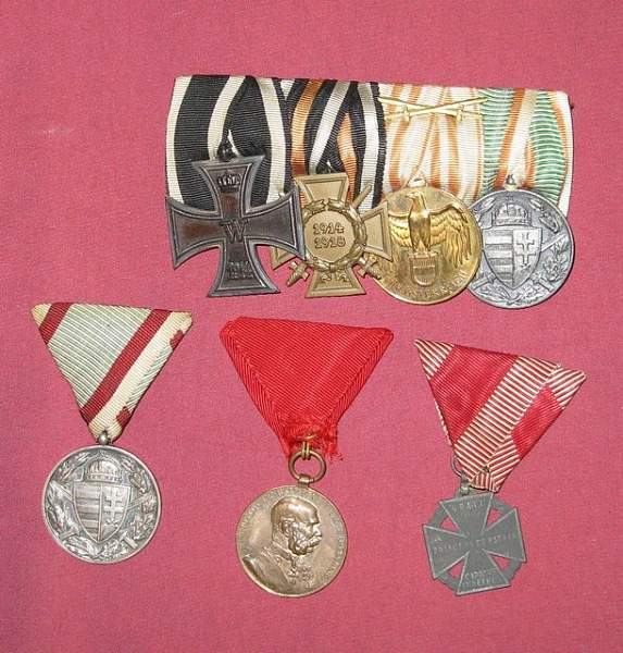 Click image for larger version.  Name:mini-medals.jpg Views:249 Size:138.0 KB ID:19988