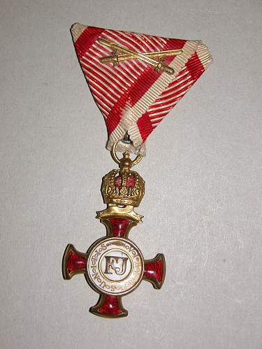 Click image for larger version.  Name:KuKmedals 008.jpg Views:320 Size:331.4 KB ID:577069