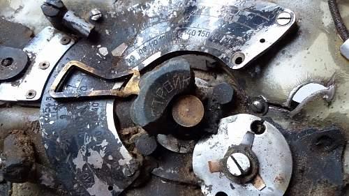 Crashed Il-2 Sturmovik radio