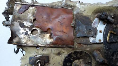 Crashed Il-2 Sturmovik radio