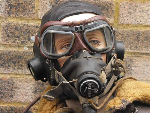 Ww2 flying helmet/ oxygen mask/irvin jacket
