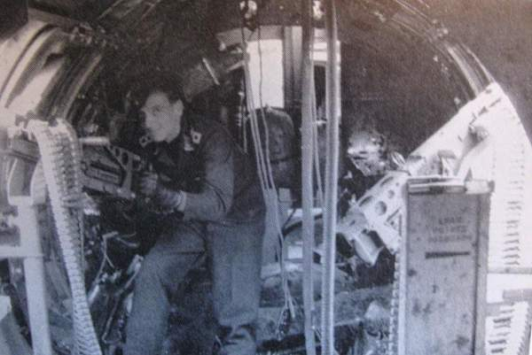 Click image for larger version.  Name:German gunner.jpg Views:287 Size:104.2 KB ID:19647