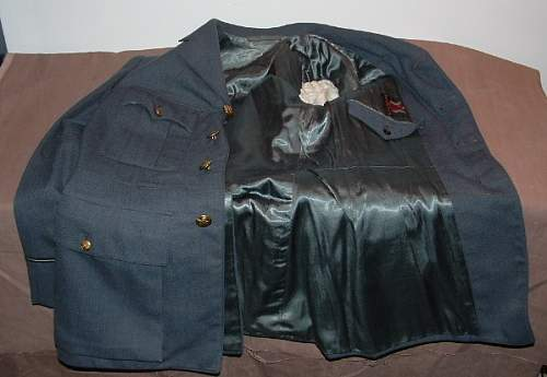 Click image for larger version.  Name:RCAF Pilot Officer Tunic Lining 1.JPG Views:126 Size:95.8 KB ID:258624