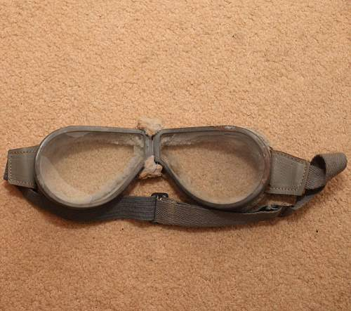 Identify these goggles please?