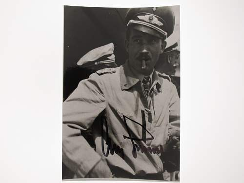 Click image for larger version.  Name:Adolf Galland signed photo.jpg Views:753 Size:117.7 KB ID:450533